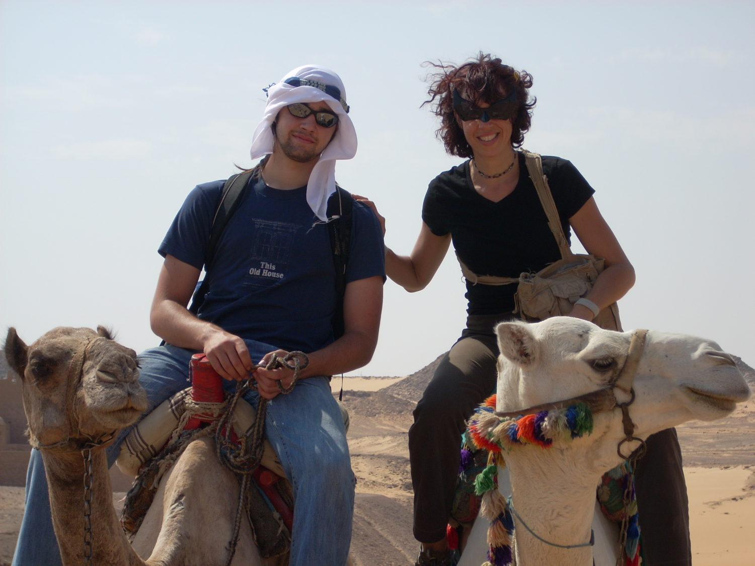 hol and chris on camels